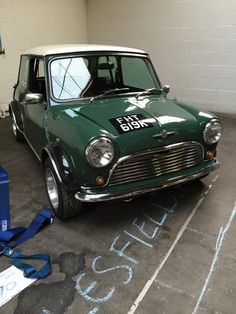austin cooper s Mini Cooper S, Mini Cooper Classic, Classic Mini, Classic Cars, Mini Morris, Mini Clubman, Automobile, Mini Things, Small Cars