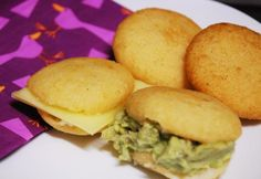 Receta de Arepas fritas venezolanas   #RecetasGratis #RecetasdeCocina #RecetasFáciles #Tapas #TapasOriginales #Pasapalos #Canapés #Aperitivos #Arepas #Venezuela