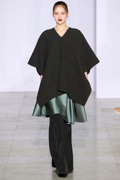Yang Li Fall 2015 Ready-to-Wear - Collection - Gallery - Style.com
