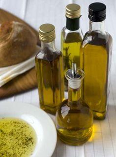 Olive oil & Vinegars for Homemade Salad Dressings
