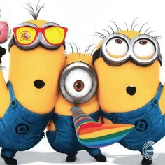 Seem that the minions are cheering Spain! Whose side are you on? slides.ly/WorldCupFun