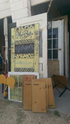 Ms bees painted furniture rockport tx...upcyled door into my sign and bed post and fan blades for my bee