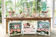 Secret Garden Party styled by Invento Festa