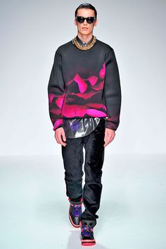 Katie Eary: Neoprene Effect. Ever since Balenciaga and Juun. J's Fall 12 collections, neoprene has been on my mind nonstop.