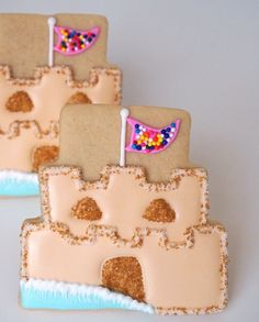 Sand Castle Cookies from a Wedding Cake Cutter | Make Me Cake Me