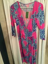 $  61.00 (31 Bids)End Date: Jun-06 09:25Bid now  |  Add to watch listBuy this on eBay (Category:Women's Clothing)... Check more at http://salesshoppinguk.com/2016/06/06/nwt-lilly-pulitzer-extra-large-pop-pink-on-square-yvette-dress/