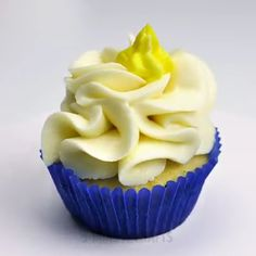 Cup Cake Recipes - Delicious cup cake recipes for food lovers. Baking Cupcakes, Cupcake Recipes, Cupcake Cakes, Dessert Recipes, Köstliche Desserts, Delicious Desserts, Kreative Desserts, Homemade Frosting, Cake Decorating Techniques