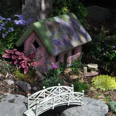 Large Scale Garden Gallery - Miniature Gardening