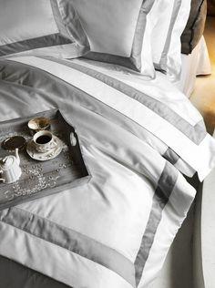Bicolore by Frette Belle Lingerie, Elegant Home Decor, Elegant Homes, Home Decor Bedroom, Bedroom Furniture, Navy Furniture, White Bedding, Linen Bedding, Bedding Sets