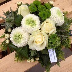 Geraniums, Floral Wreath, Wreaths, Anna, Decor, Flower Arrangements, Floral Arrangements, Plants, All Saints Day