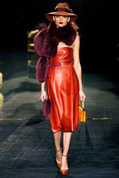 Gucci Fall 2011 Ready-to-Wear Fashion Show - Tayane Leao Melo