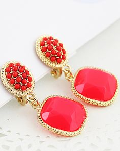 #SheInside Red Bead Gemstone Gold Earrings - Sheinside.com