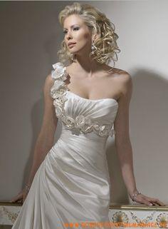 Robe De Mariée De Nouveau Modèle De 2011 Epaule Asymétrique 0018