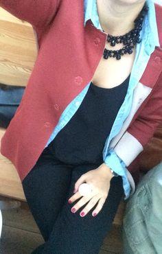 ° Total black, jeans skirt, orange coat °