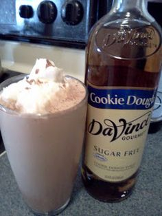 Bariatric Foodie: BF Two-fer: Nik's Twix Protein Shake & Chocolate Chip Cookie Protein Shake