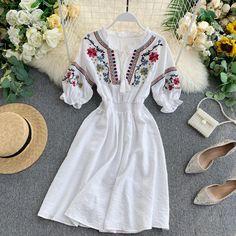 White Boho Dress, White Dress Summer, Boho Summer Dresses, Beach Dresses, Midi Dresses, Kawaii Dress, White Dresses For Women, Blue Fashion, Beach Fashion