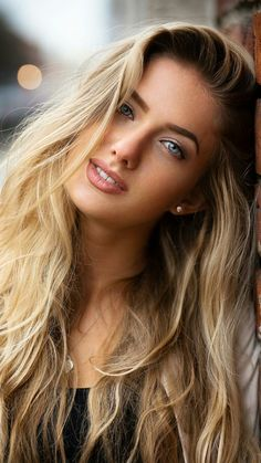 Stunning Girls, Most Beautiful Faces, Beautiful Girl Image, Beautiful Eyes, Gorgeous Women, Beauty Full Girl, Beauty Women, Blonde Beauty, Hair Beauty