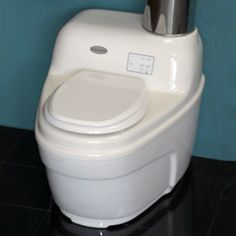(A composting toilet alternative) Incinerating Toilets 101.....wowww. this is great. I think...