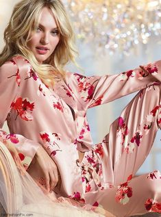 South African beauty Candice Swanepoel (IMG) showed her enviable figure in sexy lingerie for American lingerie giant Victoria's Secret, fall/winter 2013 Pajama Day, Pajamas All Day, Silk Pajamas, Pyjamas, Vs Pajamas, Cozy Pajamas, Candice Swanepoel, Luxury Lingerie, Sexy Lingerie