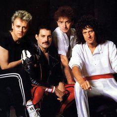 Queen circa The Works - Queen – Zdjęcia: – Queen Poland - Queen Ii, I Am A Queen, Save The Queen, Queen Photos, Queen Pictures, Queen Freddie Mercury, Queen Band, John Deacon, Freedy Mercury