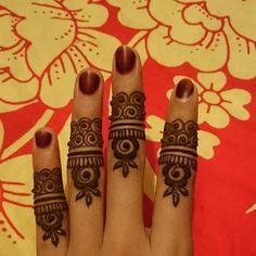 Creativity in finger mehndi designs ideas Finger Mehendi Designs, Mehndi Designs For Fingers, Mehndi Art Designs, Latest Mehndi Designs, Finger Henna, Pakistani Street Style, Beautiful Mehndi, Ladies Day, Connect