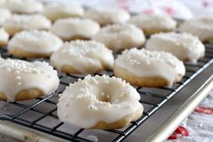Ciambelle cookies are Italian ring shaped cookies. These dainty morsels are scented with lemon, dipped in a lemony glaze and sprinkled with mini pearls. Italian Wedding Cookies, Italian Almond Cookies, Italian Cookie Recipes, Italian Desserts, Baking Recipes, Dessert Recipes, Donut Recipes, Baking Ideas, Dessert Ideas