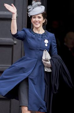 Crown princess Mary in Oscar de la Renta