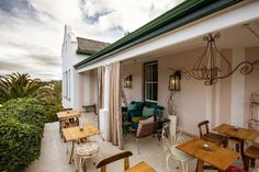 Augusta de Mist is an enchanting lifestyle retreat set in breathtaking gardens in historic Swellendam offering outstanding service and memorable dining