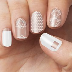 This design includes: - White geometric design printed on a transparent base - Nude colour is transparent - Great for layering ontop of existing colour Each pack includes - 16 Double Ended Nail Polish