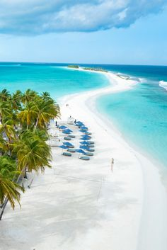 The only one kilometer sandbank in the whole of the Maldives at Finolhu...