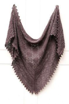 Ravelry: jewelandarlin's the grey one -  pattern Olga's Indiski (Indian) Shawl to Knit