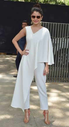Bollywood fashion 426153183489822793 - Anushka Sharma at a special brunch to promore 'Dil Dhadakne Do'. Western Dresses, Western Outfits, Indian Dresses, Indian Outfits, African Fashion, Indian Fashion, Fashion Mode, Womens Fashion, Mode Chic