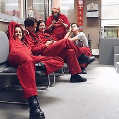 21 Photos from the cast of 'La Casa de Papel' having a great time - - Films Netflix, Shows On Netflix, Movies Showing, Movies And Tv Shows, Series Movies, Tv Series, Michael Trevino, Actor Picture, Stranger Things Netflix