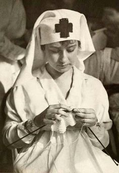 WWI American Red Cross nurse 1917