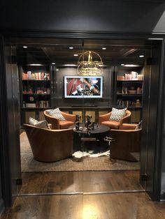 Cigar Lounge Decor, Cigar Lounge Man Cave, Bar Lounge, Cigar Lounge Ideas, Man Cave Lounge Ideas, Lounge Chairs, Whiskey Lounge, Whiskey Room, Man Cave Room