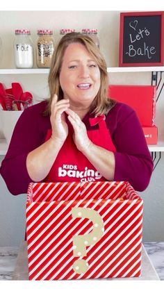 What is it? Wednesday Can you guess what's in the mystery box? Every Wednesday we'll give you hints. Try to guess what kitchen tool and food item is in the box. Have fun with Jill, founder of KidsBakingClub.com