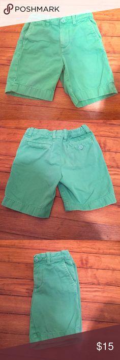 Crewcuts Stanton garment dyed chino short EUC Stanton garment dyed chino short. Adjustable waistband. Adorable! J. Crew Bottoms Shorts