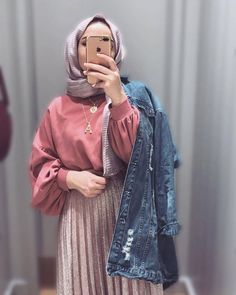 Hijab styles 741968107343309657 - Style korean girl hijab 23 best ideas Source by Modern Hijab Fashion, Street Hijab Fashion, Hijab Fashion Inspiration, Muslim Fashion, Modest Fashion, Fashion Outfits, Casual Hijab Outfit, Hijab Chic, Hijab Dress