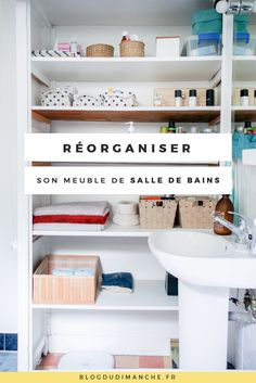 Si vous cherchez à réorganiser le rangement de votre meuble de salle de bains… Bathroom Storage, Bathroom Medicine Cabinet, Home Organization Hacks, Declutter Your Home, Konmari, Home Hacks, Getting Organized, Woodworking Projects, Sweet Home