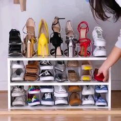 Home Discover Adorable 42 Smart Shoe Storage And Organization Ideas To Try Asap Diy Furniture Videos Diy Furniture Projects Furniture Plans Diy Home Crafts Diy Home Decor Diy Garden Decor Wand Organizer Diy Shoe Organizer Diy Para A Casa Home Organization Hacks, Organizing Your Home, Organizing Shoes, Organization For Shoes, Lingerie Organization, Bedroom Organization, Wand Organizer, Diy Shoe Organizer, Diy Furniture Videos