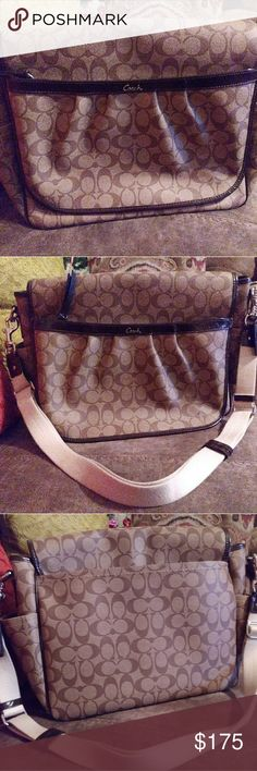 """COACH NEW Messenger Large diaper Bag NEW! Never used 100% Authentic Diaper bag large brown. Can fit a lot of things. Many interior pockets. A large pocket in the back and another under the flap. **Comes with changing a Pad and detachable strap. Two pockets on the sides to put the baby bottles or cell phones. ** Measures: 13.5""""x11""""x 4.5"""". Beautiful brown interior. Two magnetic snap closures Used as a diaper bag or can also be used as a laptop or book bag. **Price is not Negotiable *** BRAND…"""