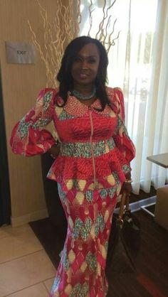 Dr. Patricia Bailey is absolutely beautiful in this beautiful stunning ankara, the colours and the style are on point