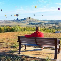 The Canberra Balloon Spectacular certainly lives up to its name! We adore this photo by Instagrammer @nourished_hub looking out at the balloons floating over the National Arboretum Canberra. #visitcanberra #seeaustralia