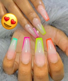 In seek out some nail designs and ideas for your nails? Here's our list of 37 must-try coffin acrylic nails for stylish women. Summer Acrylic Nails, Best Acrylic Nails, Acrylic Nail Designs, Acrylic Nail Shapes, Glow Nails, Aycrlic Nails, Acryl Nails, Nagellack Design, Exotic Nails