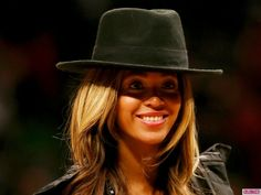 Beyonce Attends Basketball Game With Jay Z Amid Pregnancy Rumors