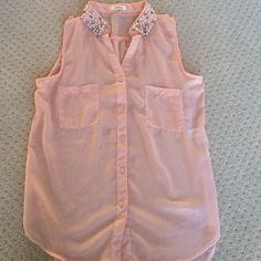 Pearl and bead neckline. Button-Up tank/Blouse Button-up blouse, pale pink. Pretty neckline. Sheer/see-through. Lower in the back. Tops Blouses