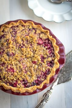 Mountain Berry Pie with Brown Sugar Oatmeal Crumb - Sooo Good!!!!!!