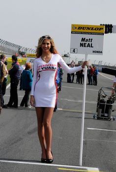 Grid girl for Matt Neal (GBR) Honda Yuasa Racing Team Honda Civic Tourer