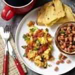 Chorizo Migas~ Migas, scrambled eggs with strips of tortillas, is a tasty breakfast or quick dinner. Poblano peppers, onion, and salsa on top ensure you get some veggies in your eggs. Healthy Cooking, Healthy Eating, Cooking Recipes, Healthy Meals, Brunch Recipes, Breakfast Recipes, Brunch Ideas, Breakfast Dishes, Breakfast Time