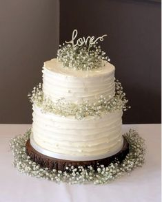 Plain Wedding Cakes, 2 Tier Wedding Cakes, Buttercream Wedding Cake, Wedding Cake Rustic, Elegant Wedding Cakes, Rustic Cake, Wedding Cake Designs, How To Decorate Wedding Cakes, Best Wedding Cakes